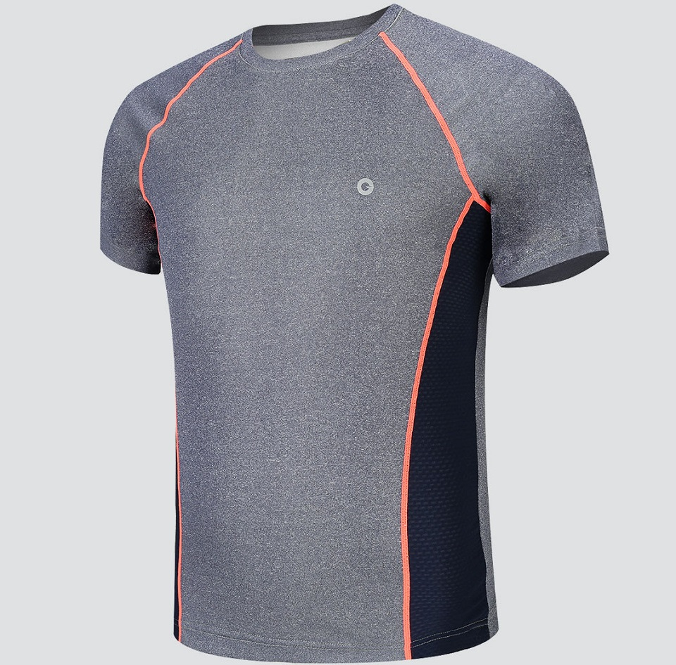 Футболка AMAZFIT Sport quick-drying T-shirt Mens крупным планом