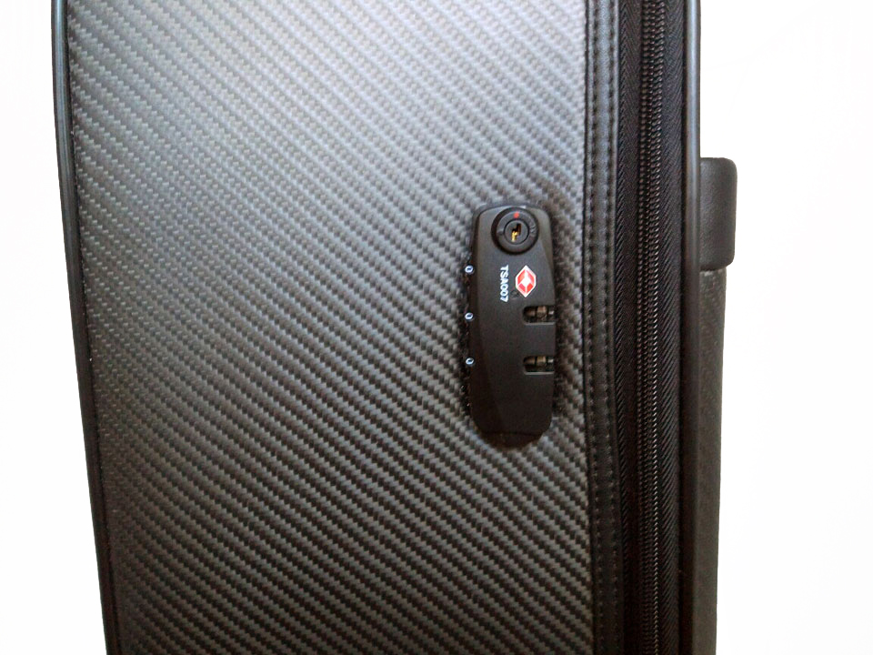 Чемодан Karbonn Fiber Luggage+Leathe TSA-замок
