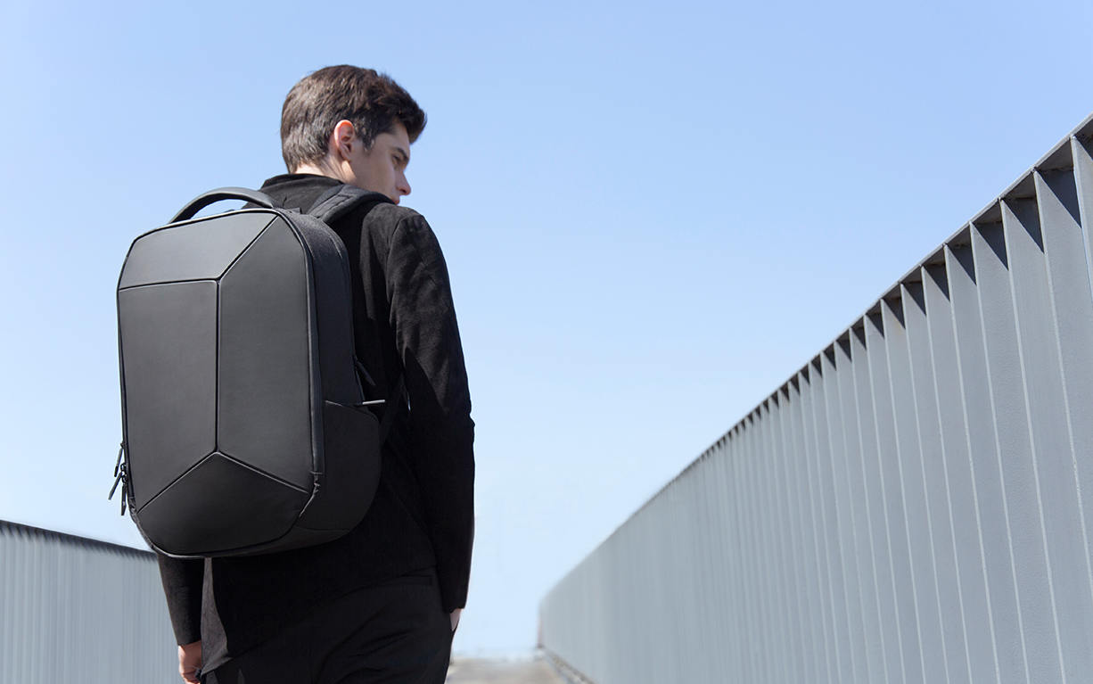 MI-Geek-Backpack-black