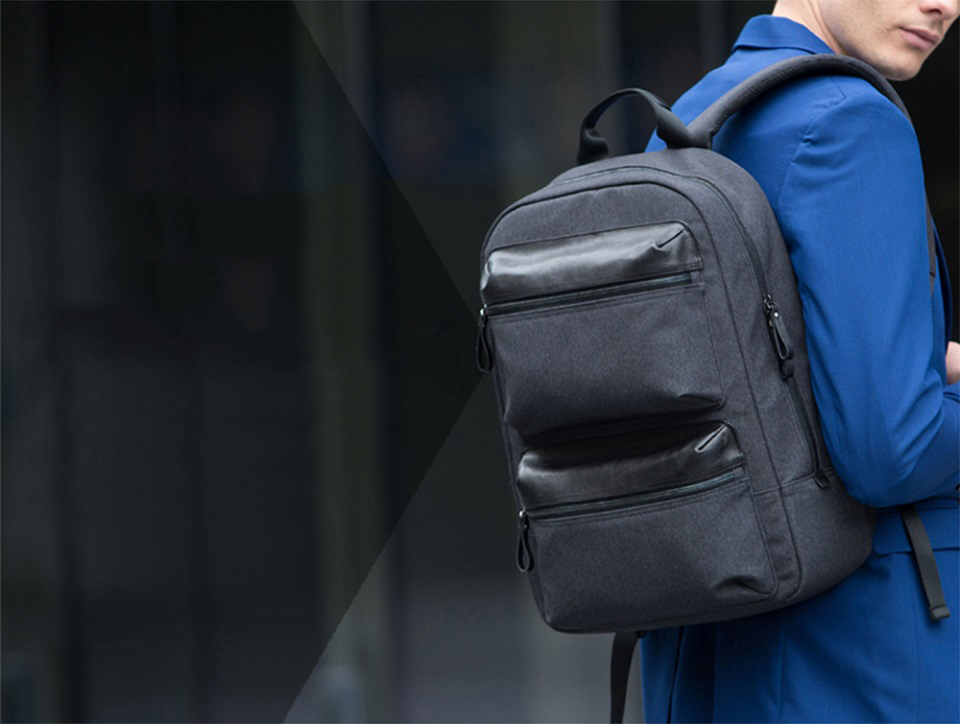 Рюкзак RunMi 90 Points Business Multi-function Backpack на плече