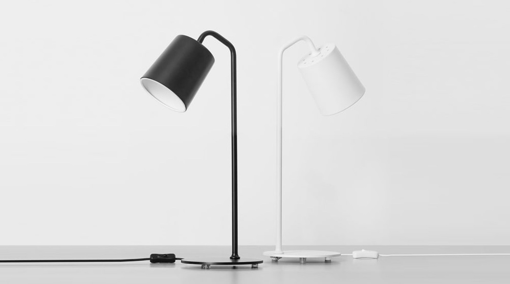 Yeelight Minimalist Iron Lamp надежная лампа