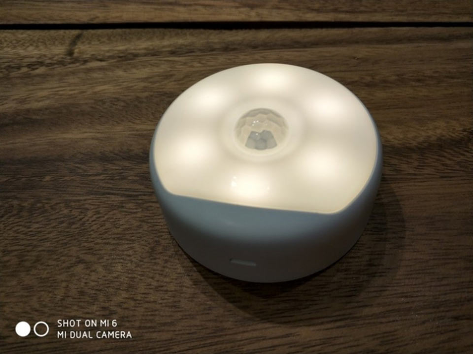 Yeelight Rechargeable Night Light светодиодный