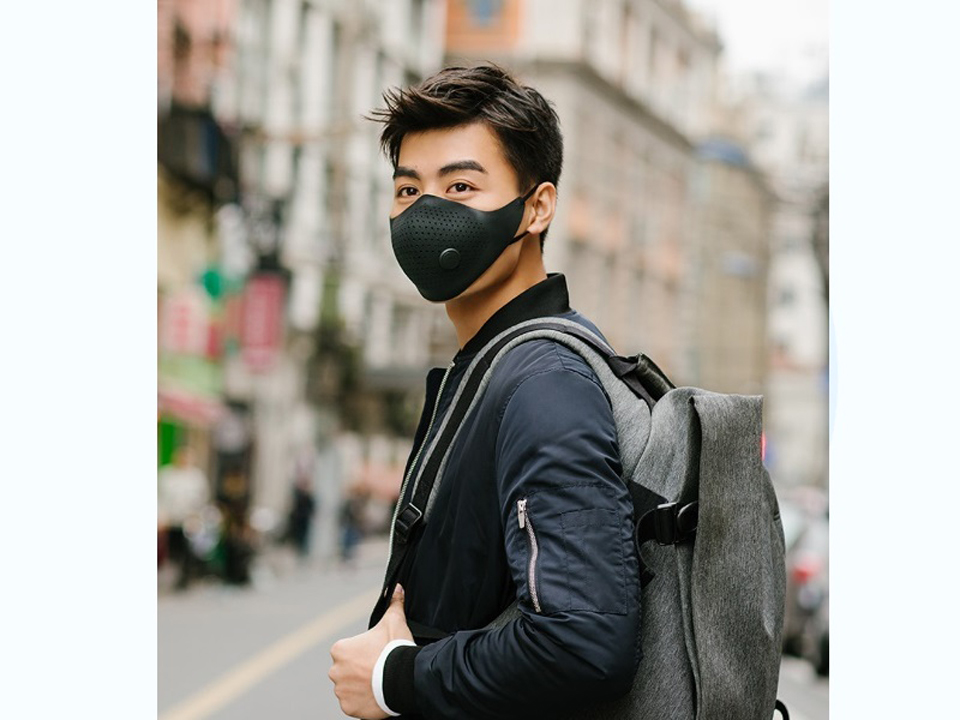 Xiaomi MiJia AirWear Anti-Fog Haze Mask на улице