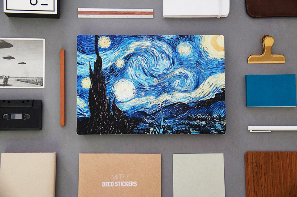 Наклейка Xiaomi Mi Notebook Air Sticker 12.5'' Starry Night by Van Gogh на рабочем столе